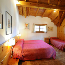 ONLY ROOM: easy-stay alla Locanda 2 Camini!